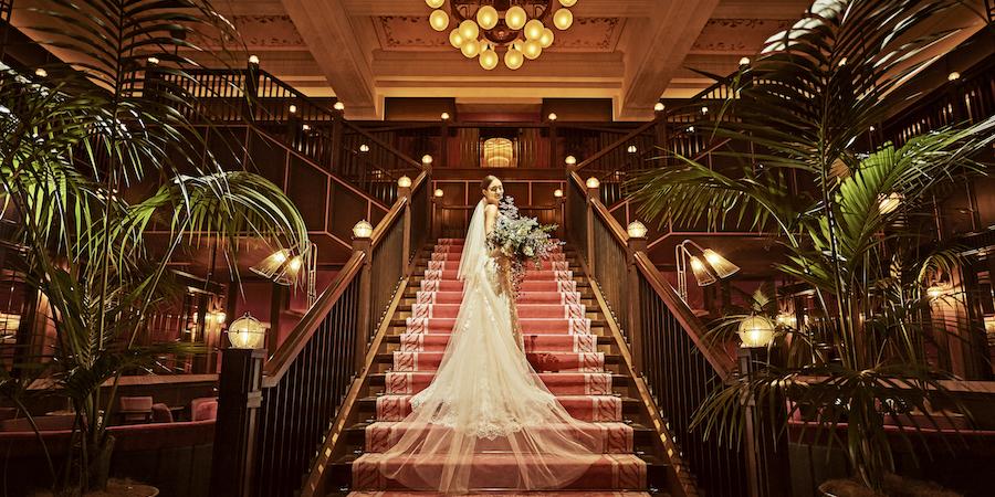 結婚式当日は大階段でお写真撮影を